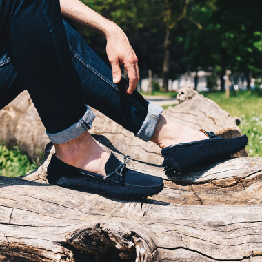Les SOLDES commencent !  Filez sur l'eshop et en boutiques pour profiter d'offres exceptionnelles sur une sélection de modèles.  #emling #menstyle #stylishmenswear #elegant #elegantshoes #leathershoesmen #dandyshoes #bestofmenstyle #classicshoes #menshoes #chaussures #souliers #urbanstyle