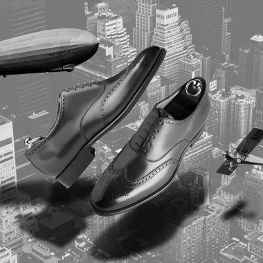 Que vous soyez classique, urban chic, sportswear ou les 3, vous trouverez parmi nos archives la paire qu'il vous faut ! Rendez-vous sur l'eshop, la livraison est offerte en France métropolitaine et le click and collect est possible sur rendez-vous. Offre valable jusqu'au 18 avril 2021.   #emling #menstyle #stylishmenswear #elegant #elegantshoes #leathershoesmen #dandyshoes #bestofmenstyle #classicshoes #menshoes #chaussures #souliers #urbanstyle 